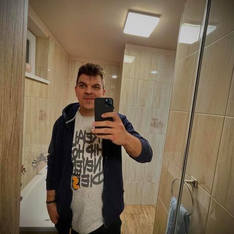 Roland, 24 éves társkereső férfi - Debrecen
