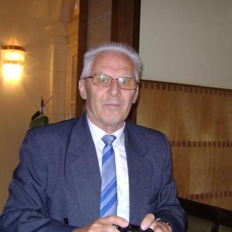 janos, 74 éves társkereső férfi - Békéscsaba