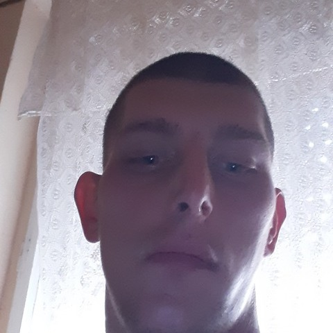 Adam, 24 éves társkereső férfi - Debrecen