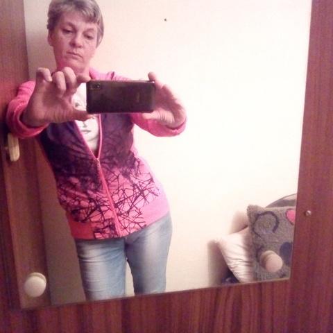 Julia, 45 éves társkereső nő - Heréd