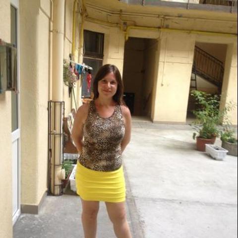 Barbi, 30 éves társkereső nő - Budapest