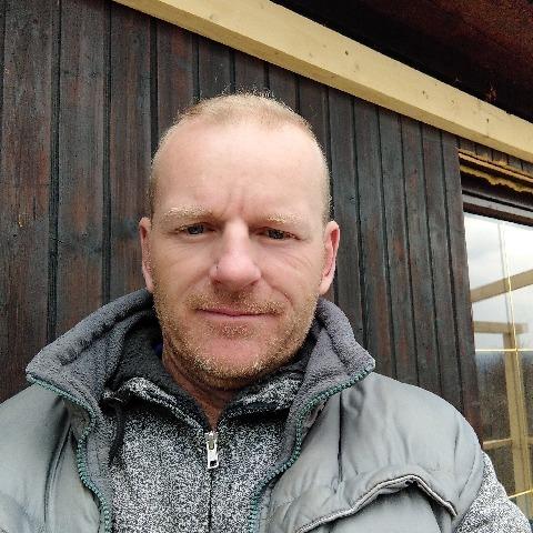 Pisti, 46 éves társkereső férfi - Pomáz