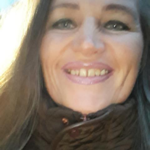 Ilona, 56 éves társkereső nő - Miskolc