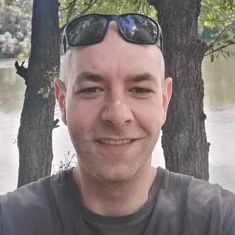 Tibor, 36 éves társkereső férfi - Pécs