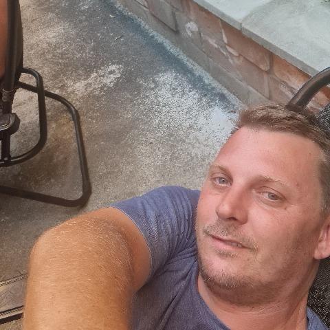 Krisztián, 40 éves társkereső férfi - Zalaegerszeg