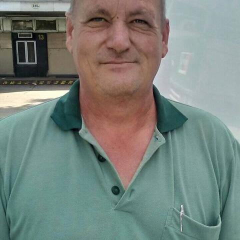 Péter, 46 éves társkereső férfi - Szabadbattyán