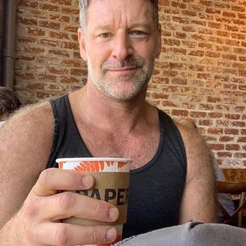 Peter, 55 éves társkereső férfi -