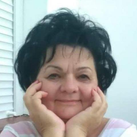 Lenke, 61 éves társkereső nő - Kazincbarcika