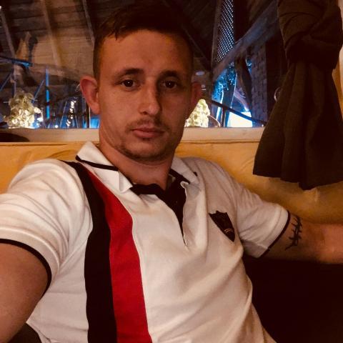 Jozsef, 31 éves társkereső férfi - Karcsa