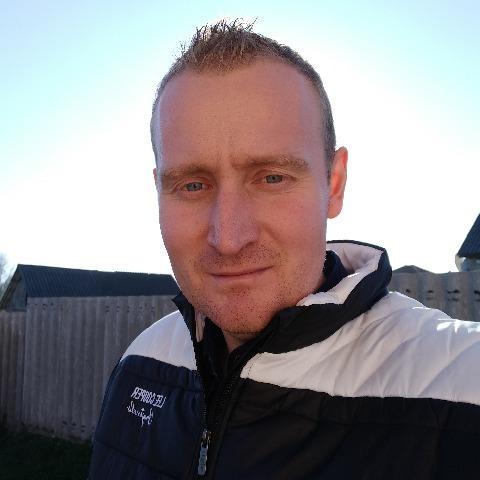János, 31 éves társkereső férfi - Tiszaújváros
