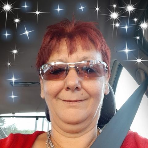 Erzsébet, 53 éves társkereső nő - Debrecen