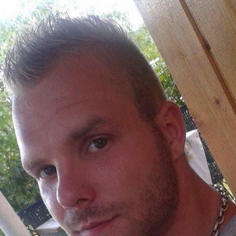 Attila, 29 éves társkereső férfi - Salgótarján