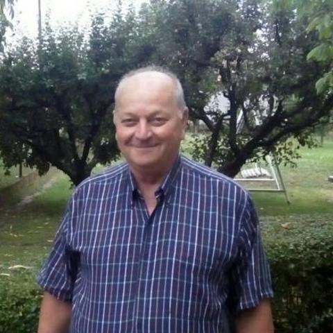 Lajos, 69 éves társkereső férfi - Szolnok