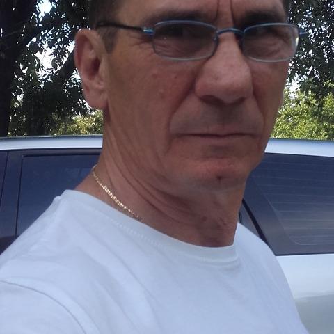 Pisti, 64 éves társkereső férfi - Szolnok
