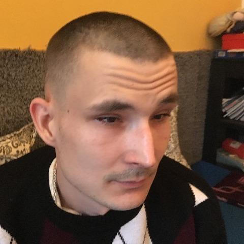 Róbert, 32 éves társkereső férfi - Ercsi