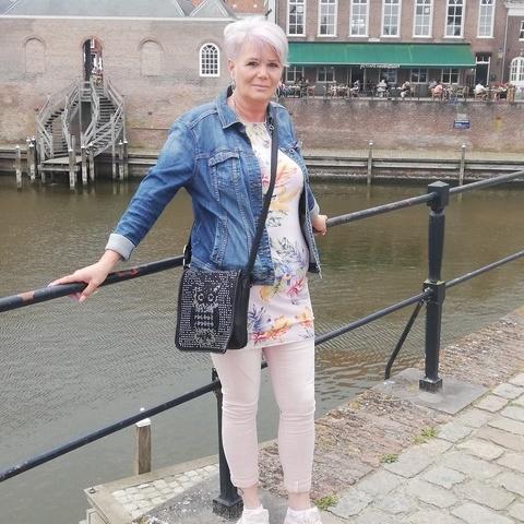 Márta, 51 éves társkereső nő - Rotterdam