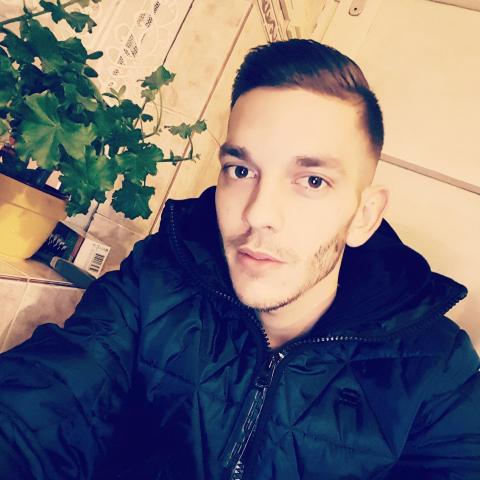Patrik, 28 éves társkereső férfi - Salgótarján