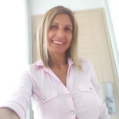 Lindi, 40 éves társkereső nő - Gyöngyös