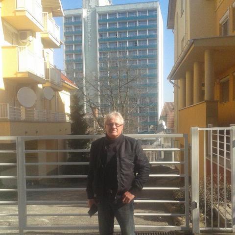 Jozsef, 61 éves társkereső férfi - Sopron