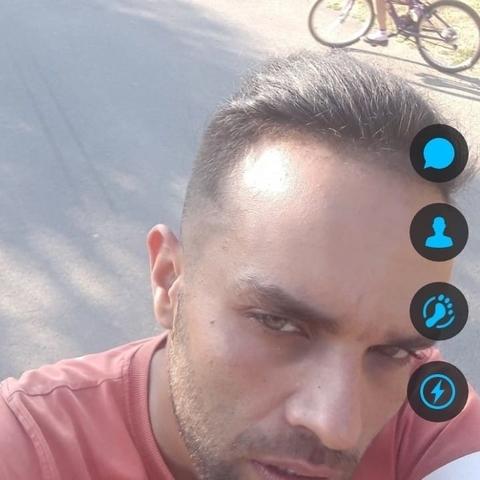 Renátó, 29 éves társkereső férfi - Salgótarján