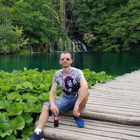 Krisztián, 39 éves társkereső férfi - Szolnok