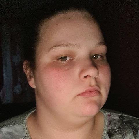 Barbi, 22 éves társkereső nő - Győr