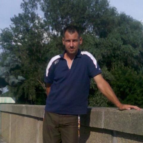 Istvan, 40 éves társkereső férfi - Szeged