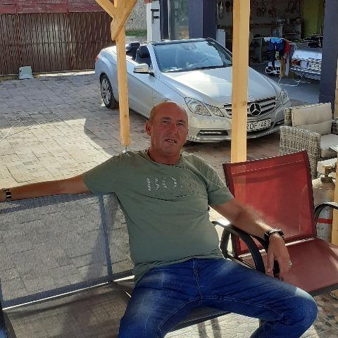 Dezső, 50 éves társkereső férfi - Érd