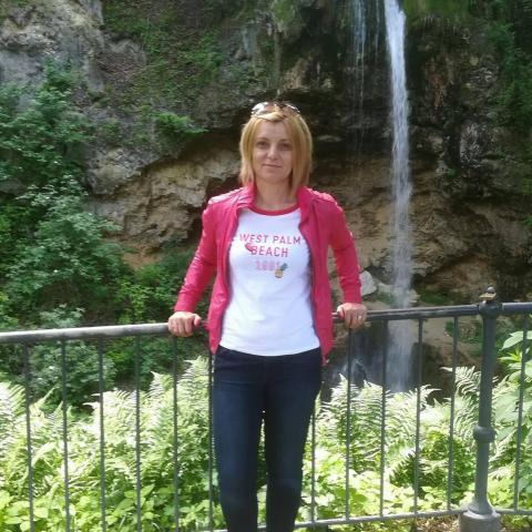 Timi, 48 éves társkereső nő - Debrecen