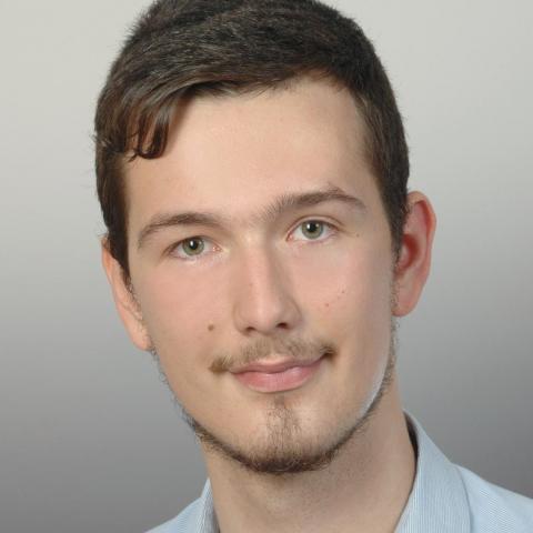 Bálint, 23 éves társkereső férfi - Zalaegerszeg