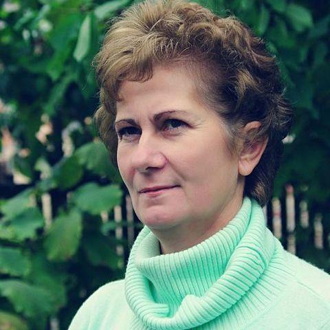 Zsuzsanna, 61 éves társkereső nő - Makó