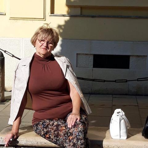Erika, 66 éves társkereső nő - Székesfehérvár