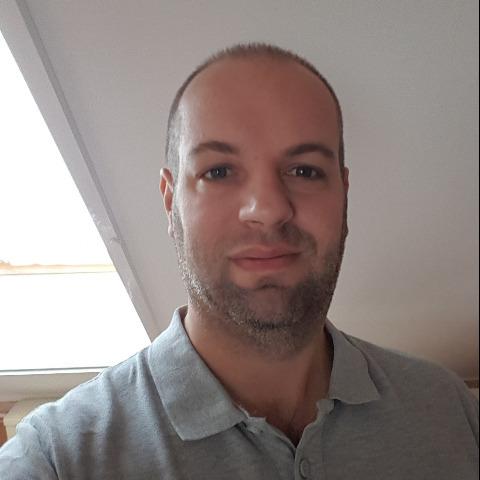 Péter, 40 éves társkereső férfi - Veszprém