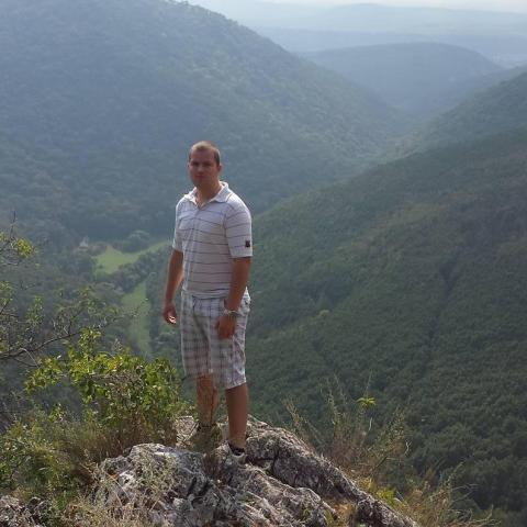 Zsolt, 30 éves társkereső férfi - Paks