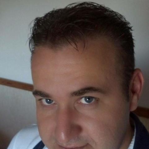Krisztián, 42 éves társkereső férfi - Hatvan