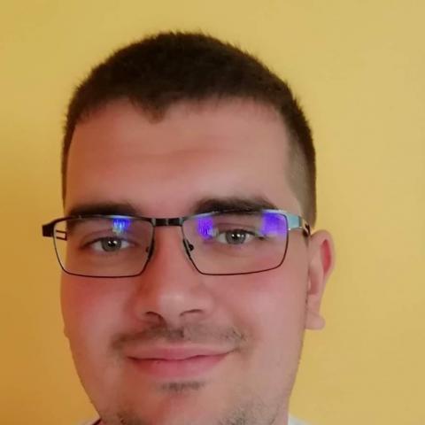 Péter, 27 éves társkereső férfi - Debrecen