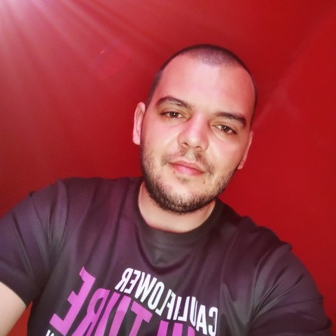 Sándor, 25 éves társkereső férfi - Nyíregyháza