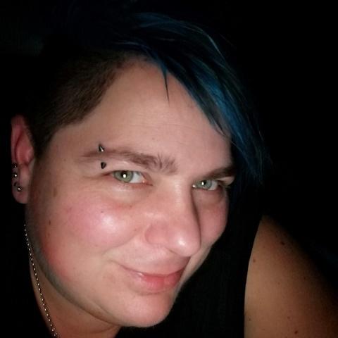 Gyöngyös, 37 éves társkereső nő - Dunaharaszti