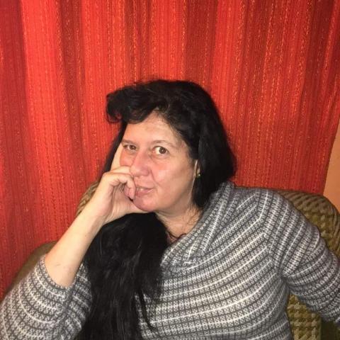 Viki, 48 éves társkereső nő - Miskolc