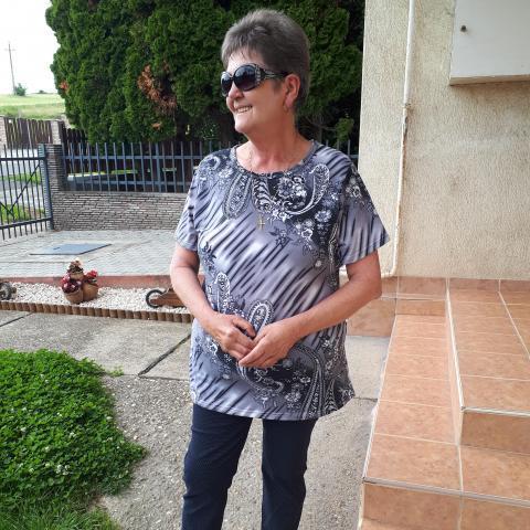Zsuzsanna, 61 éves társkereső nő - Bonyhád