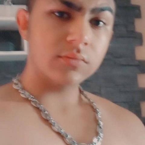 Rafael, 18 éves társkereső férfi - Bagamér
