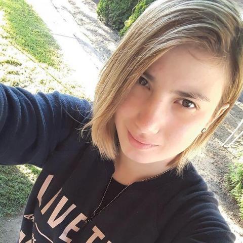 Viktória, 20 éves társkereső nő - Nyíregyháza