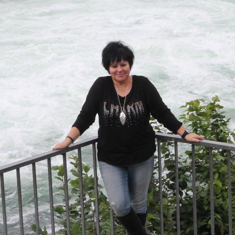 Gitta, 63 éves társkereső nő - Ózd