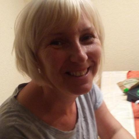 Katalin, 55 éves társkereső nő - Tatabánya