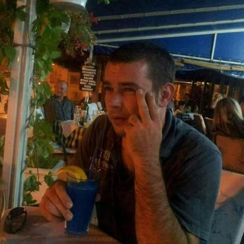 Csaba, 38 éves társkereső férfi - Szálka