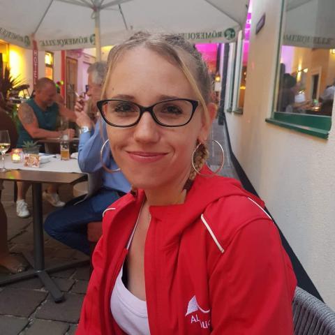 Mónika, 31 éves társkereső nő - Bécs