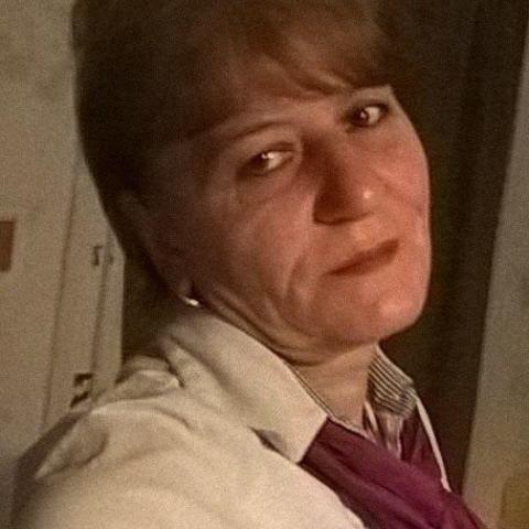 Piroska, 55 éves társkereső nő - Székesfehérvár