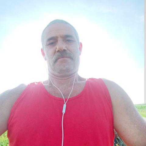 Szenas, 48 éves társkereső férfi - varad