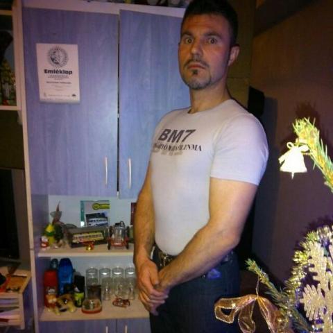 Péter, 46 éves társkereső férfi - Kecskemét