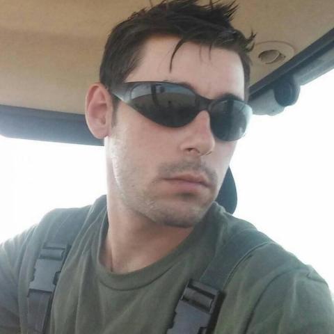 Zoltán, 27 éves társkereső férfi - Szárazd